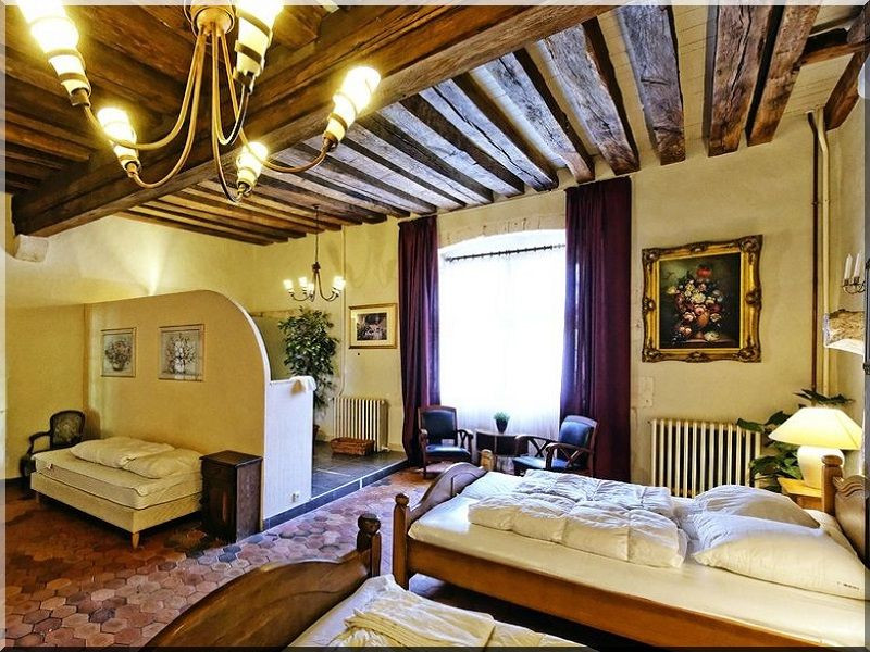 mediterranean home style decor