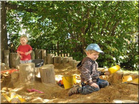 Piquet poli pour bordure jardinier