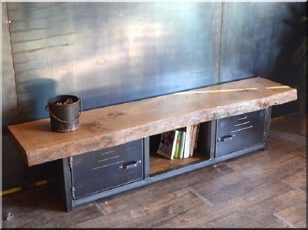 Tv asztal -
