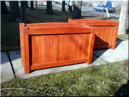 Larch flower box