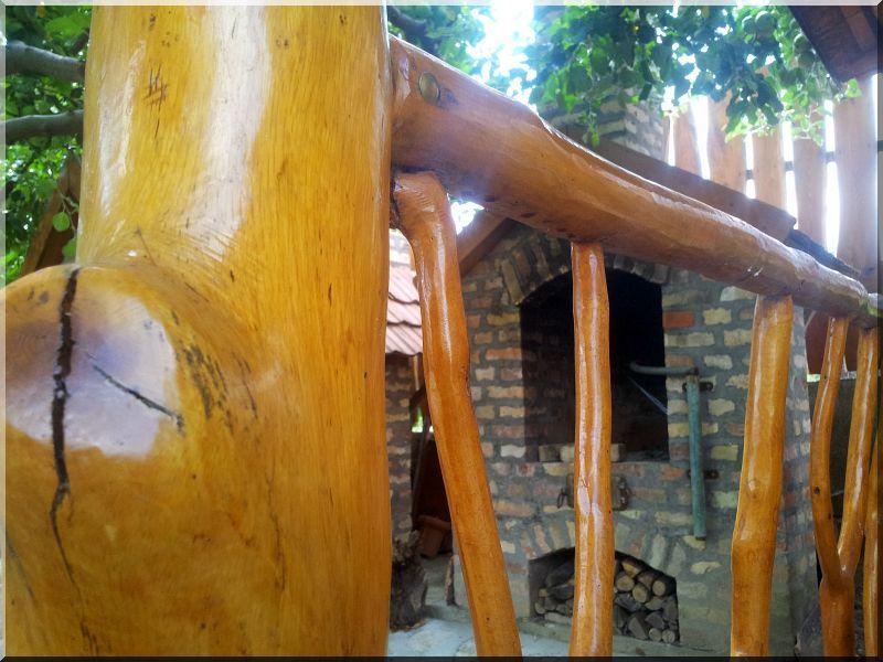 csiszolt faoszlopok