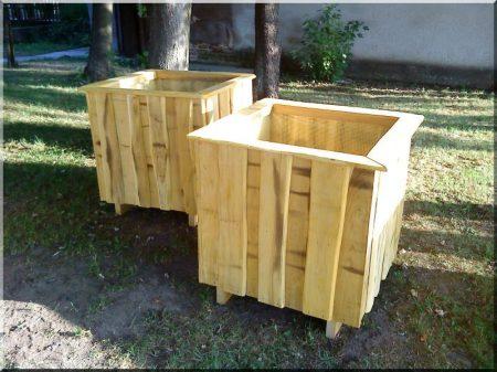 Rustic acacia flower box, 75 x 75 x 75 cm