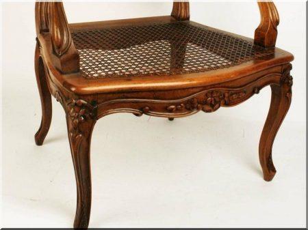 Barokk bútor, karfás székek
