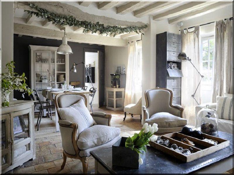 eladó bútorok, lakberendezési tárgyak