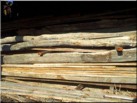 Bontott faanyagok -