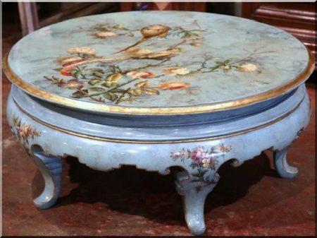 Antik bútorok