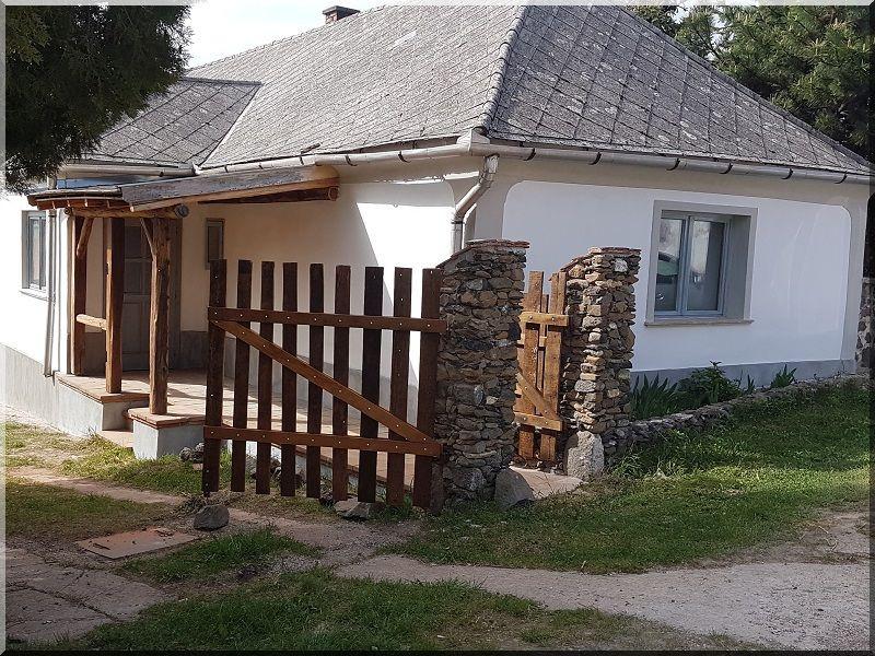 bakonyi vidéki ház