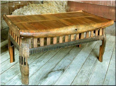 Bútorok antik faanyagokból