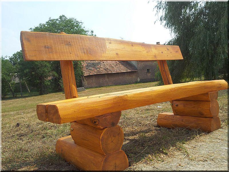 Banc en rondin en acacia - Planches d\'acacia Vieux linteau Grilles ...