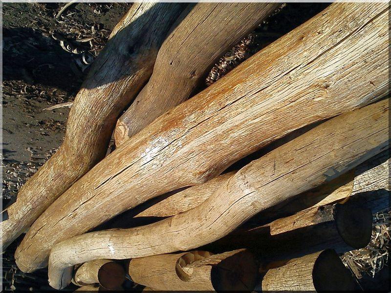 natúr fa bútor, csiszolt rönk alapanyagok