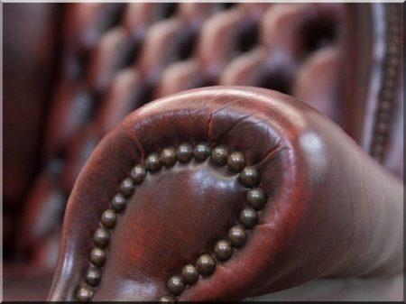 Angol chesterfield bútorok