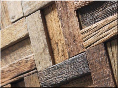 Décoration mosaïque en bois