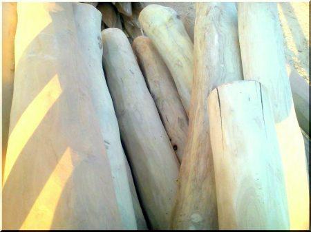 8 - 10 cm diam. sapwood-free, polished acacia post