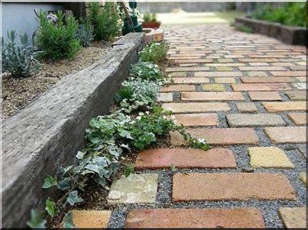 Járda, kerti út építése -