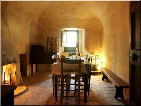 Rustic, mediterranean apartment