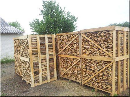 Acacia firewood in stocks