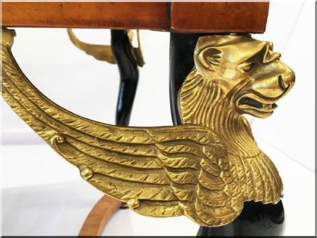 Empire stílusú antik bútorok