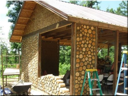 Raw material for log house construction