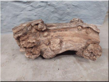 Beam storage table