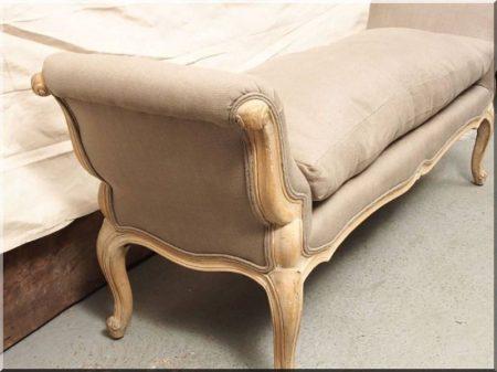 Francia vidéki stílusú bútorok