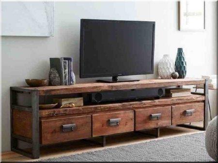 Loft industriel, table tv