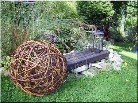 Fűz vessző fonott kerítések építéséhez -