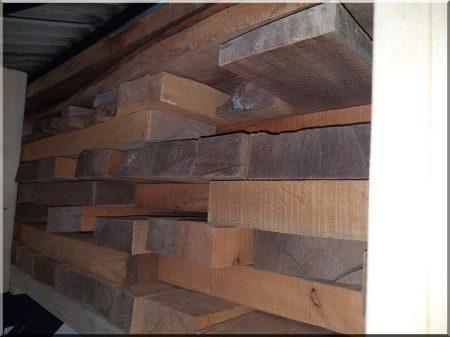 Oak strip parquet