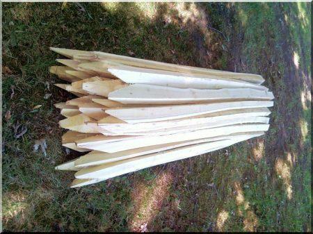 1,5 meter langer traditioneller Robinienholzpflock
