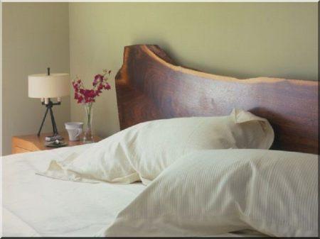 Bout de lit planche