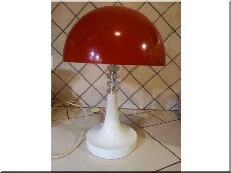 Lampe de table rétro