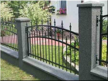 Kovácsolt vas kerítés, Kőszeg -