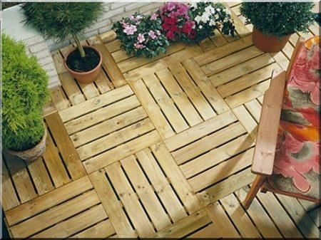 Pine tile