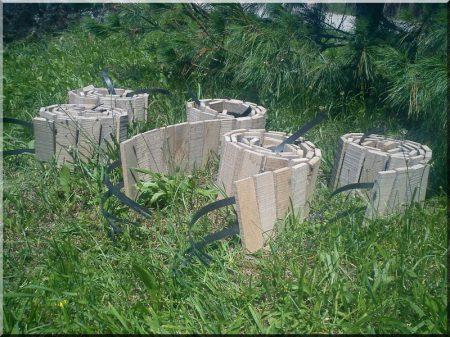 Beeteinfassung aus antikem Eichenholz