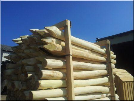 Akác kerítésoszlop, 2,5 méteres -