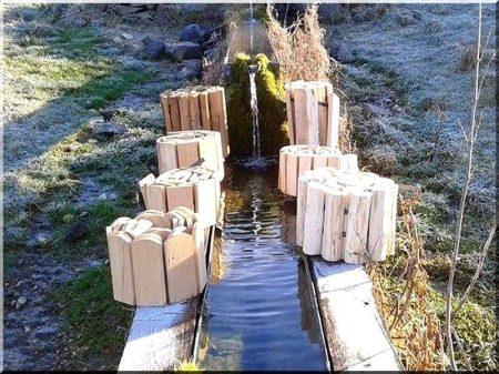 Rustic acacia garden border 30 cm high