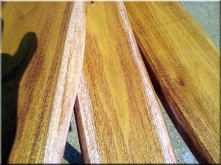 Medium 25 mm acacia fence element with edge