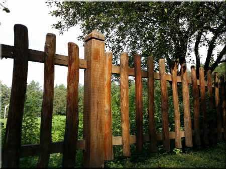 Halved fence pieces, 0,8 m long