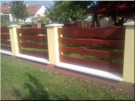 Fence element from plank Borov with bords, 20 - 25 cm