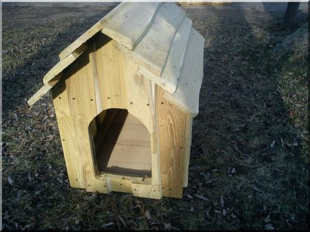 Locust dog-kennel, padded, size II