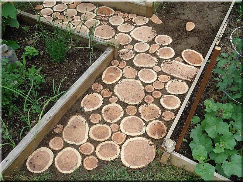 Tipegő, 12 cm vastag, akác fa