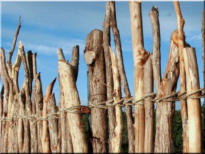 Rusztikus fakerítések