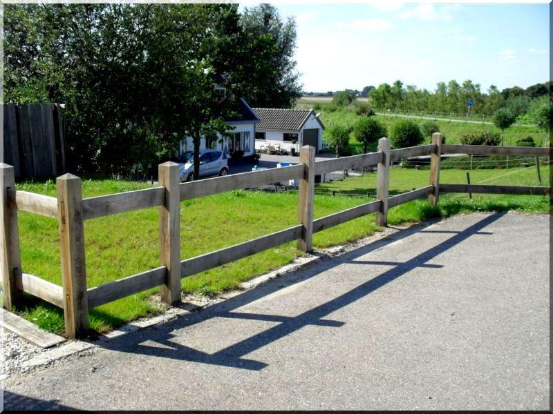 1,2 méteres fenyő kerítésoszlop