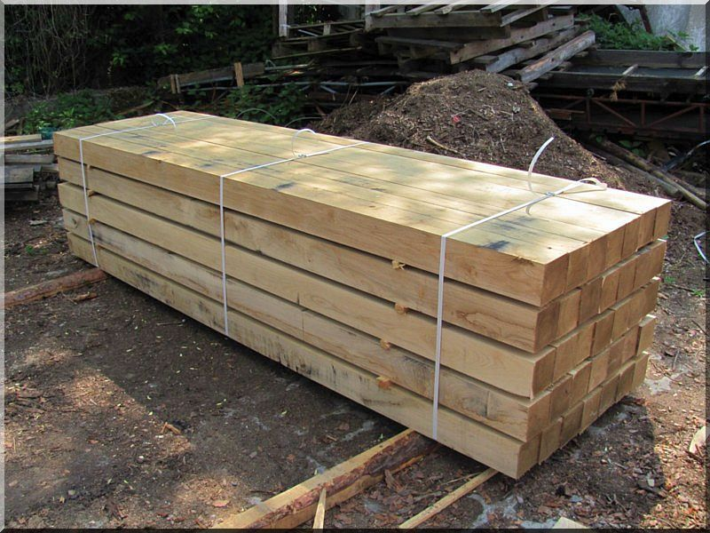 Fűrészelt akác kerítés oszlop, 2,5  méteres