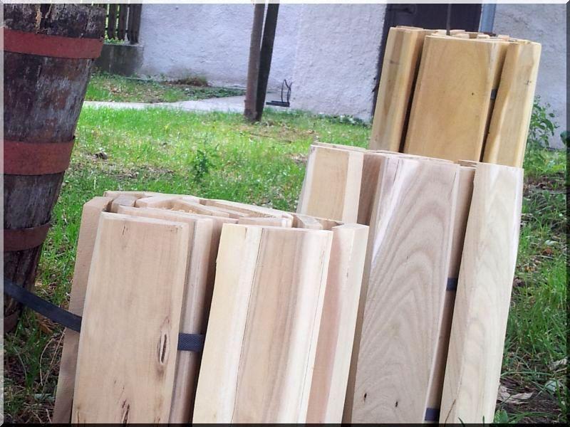 Kerti szegély akác fából