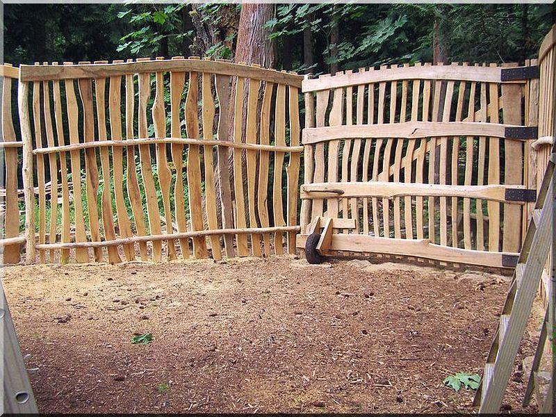 Szélezetlen akác kerítéselem, 5 - 7 cm- es