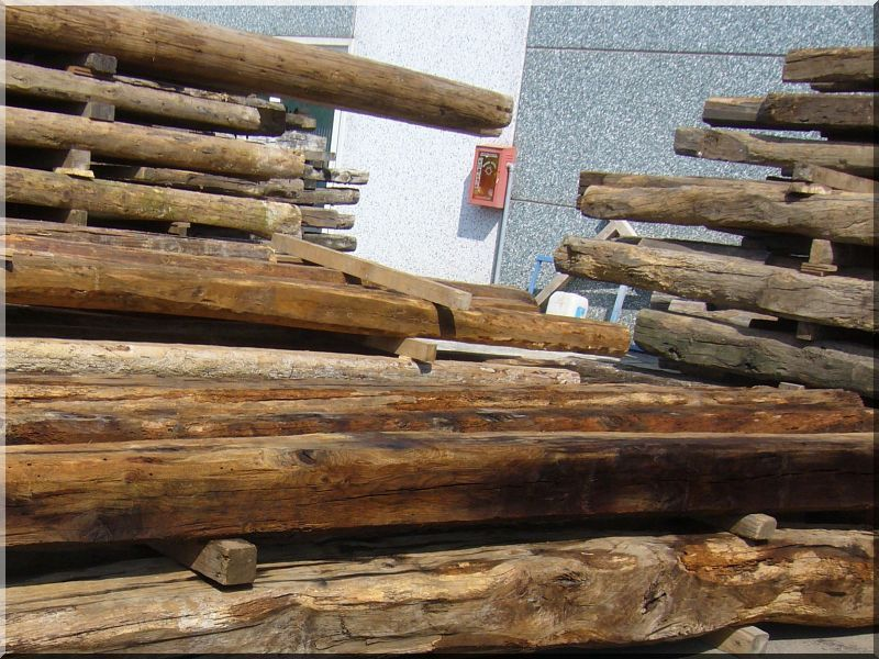 Öreg, bontott faanyagok