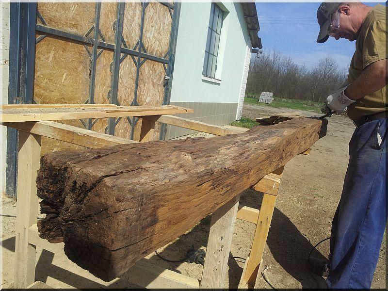 Bontott faanyagok tisztítása