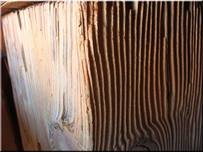 Kefélt antik fa felülete, kattint >>> link