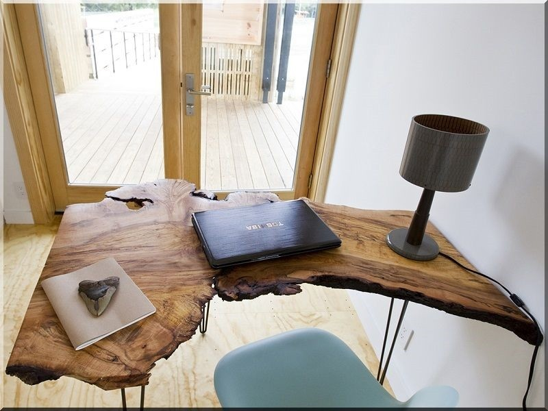 Irodai asztal -