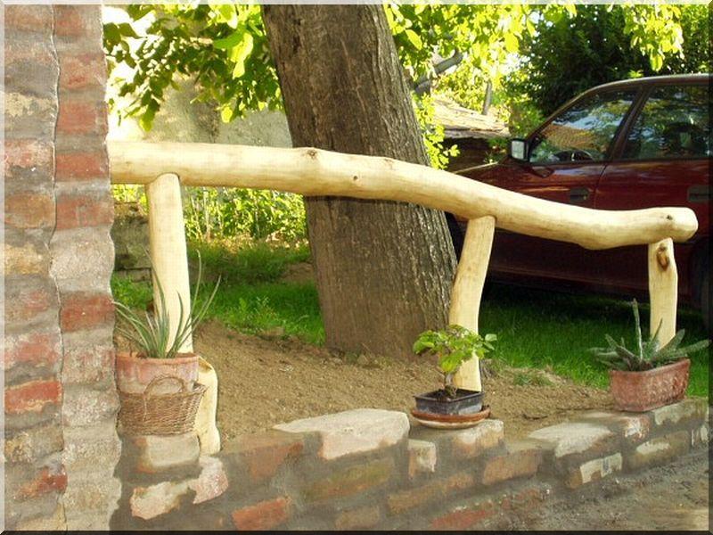 Szíjácsmart akác fa cölöp